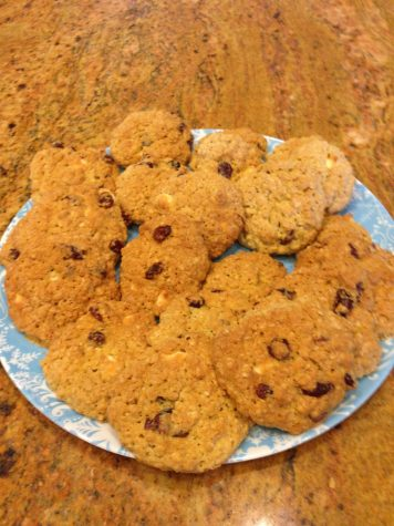 Oatmeal Craisin Cookies with White Chocolate Chips