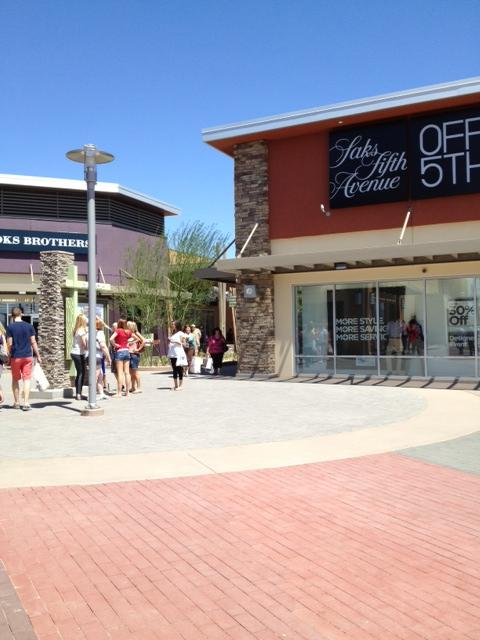 Phoenix Premium Outlets 