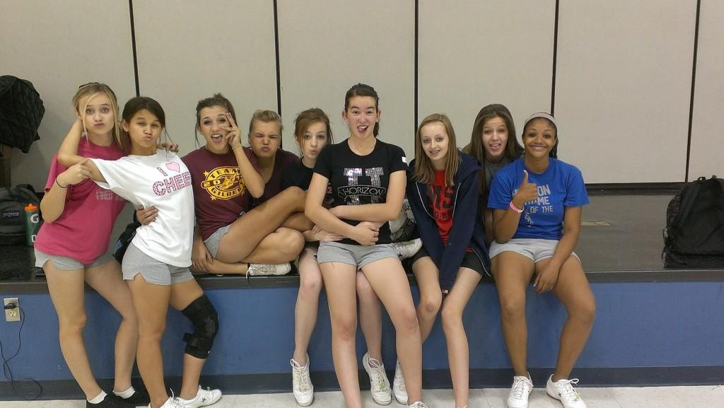 The 2013-2014 Horizon Honors Cheer Team ~ used with permission of Daisy Valentin