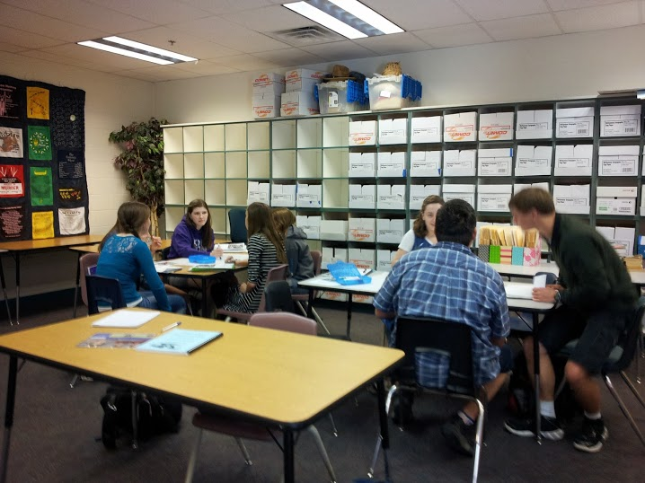 Students discuss topics during American Discourse.