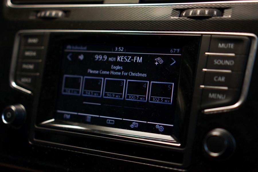 Christmas Music - Radio