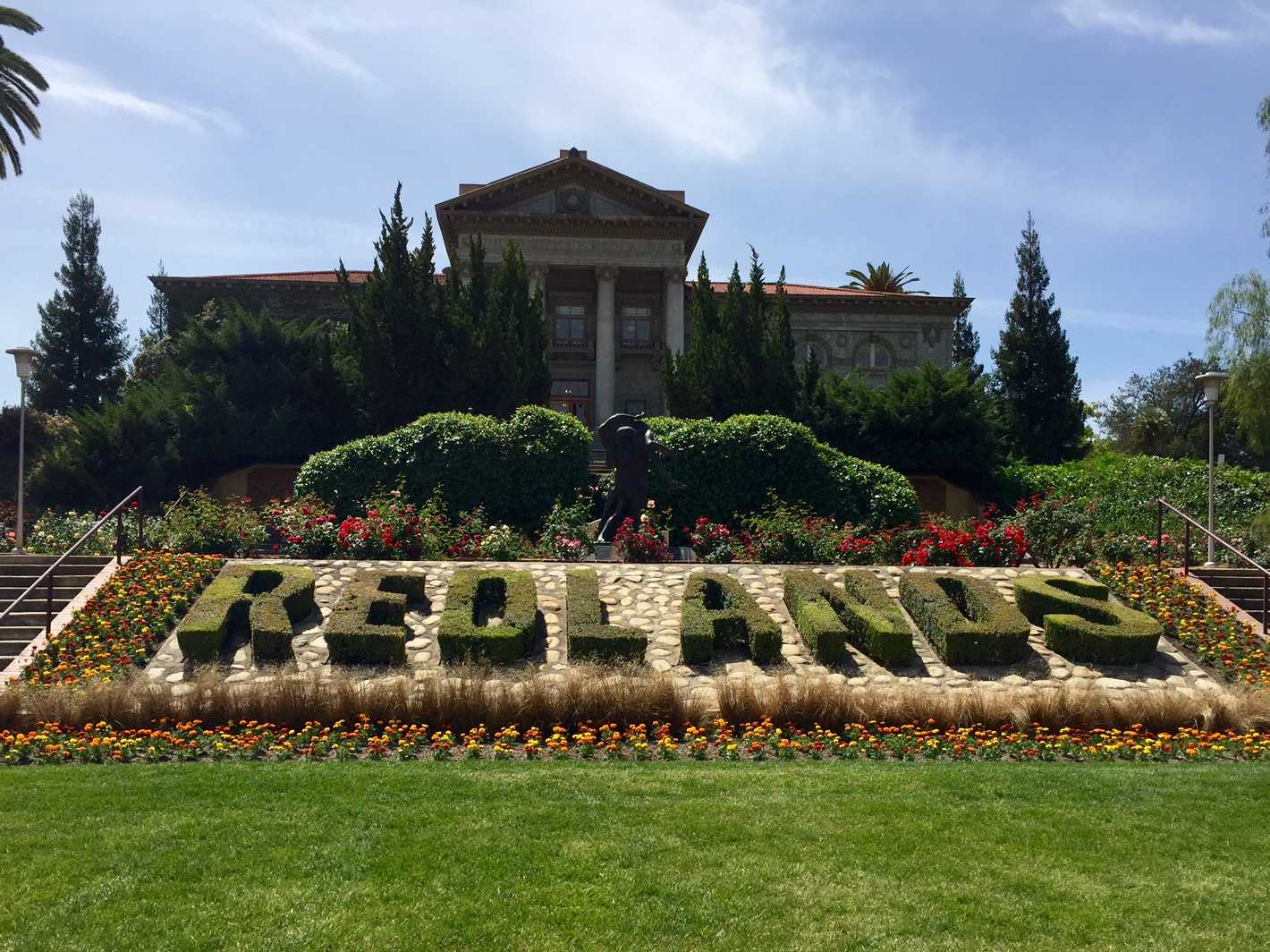 Not only does the University of Redlands have beautiful architectural buildings throughout campus, but they've done a lovely job with their floral landscaping as well!