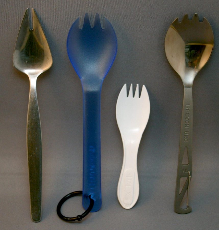 Using a spork instead of a spoon and a fork has several benefits.